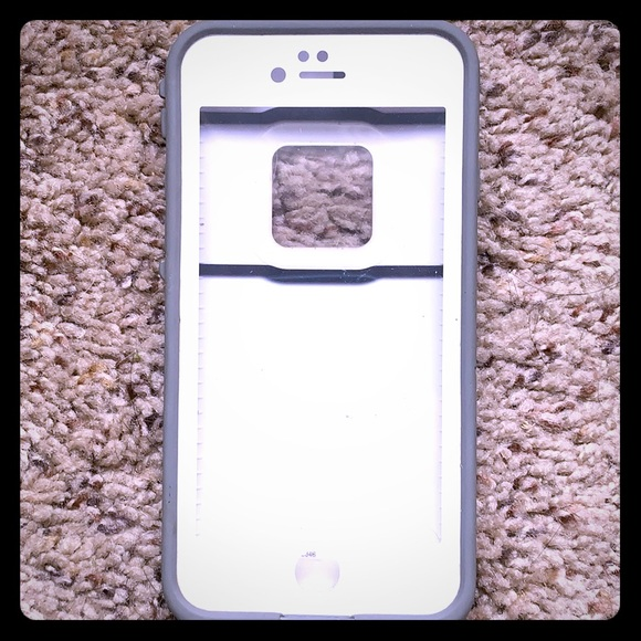 the best attitude 8b8ae 189a5 Lifeproof fre iPhone 6 case white